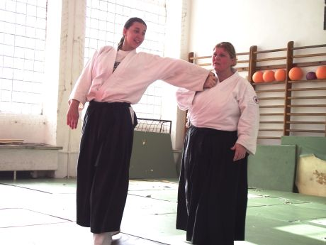 Verebics hajnalka (V. Dan) Aikido