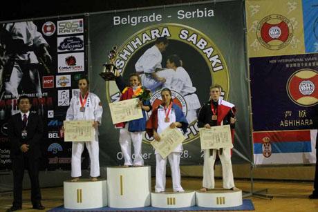 Csurkáné az előkelő második helyen az Ashihara Világbajnokságon