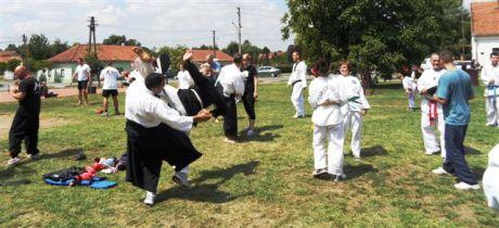Aikido edzés a demonstrációs napon