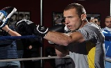 UFC 167: Cerrona vs Dunham