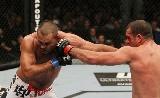 UFC 175: Henderson visszatér