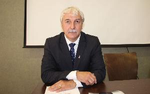 Egyhangú döntéssel maradt Dr. Mészáros János a karate szövetség elnöke!