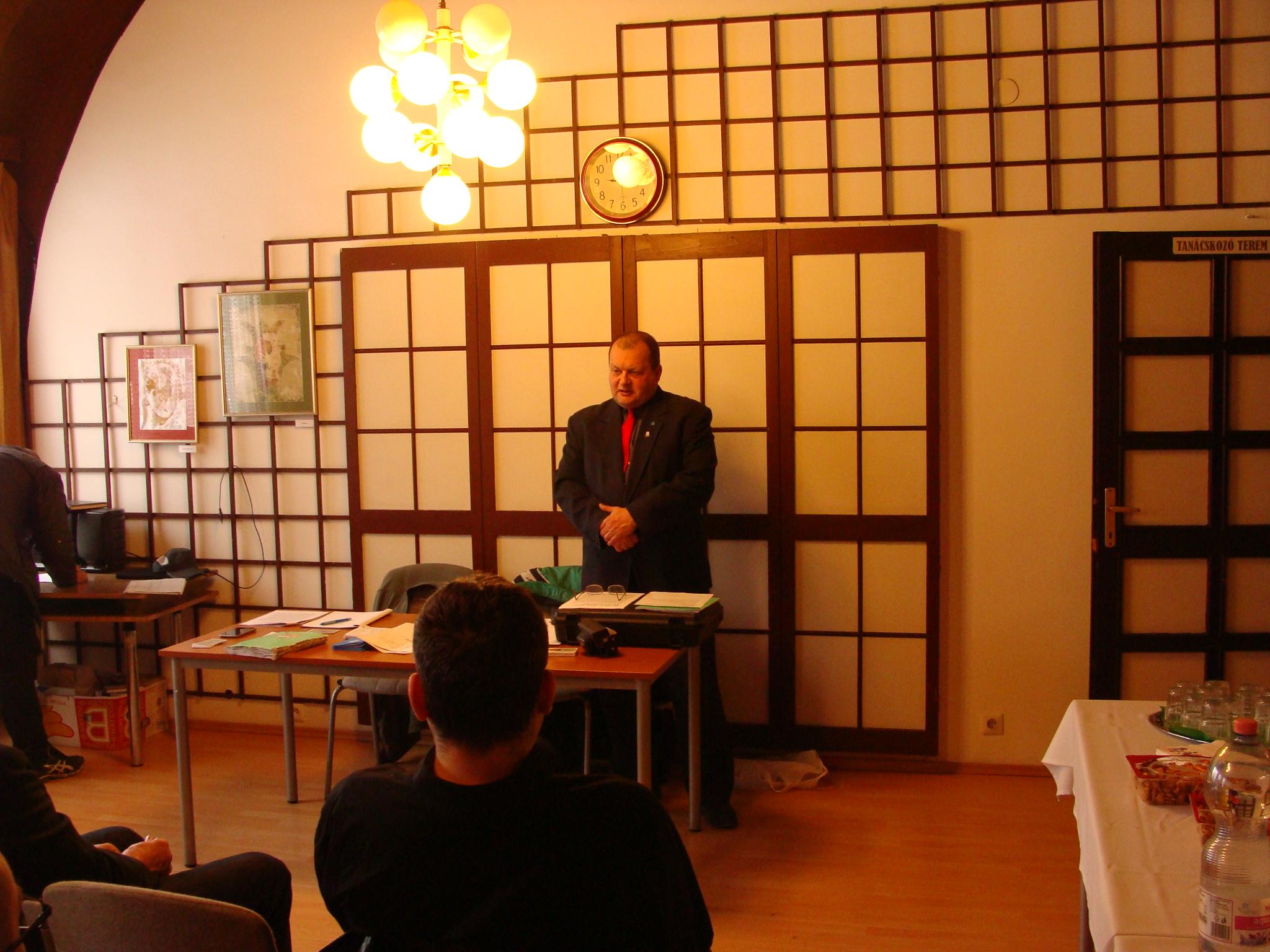 Gregor László a szövetség elnöke beszél
