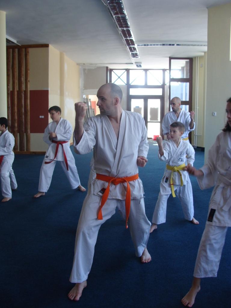 Az ifjúság gyakorlat közben