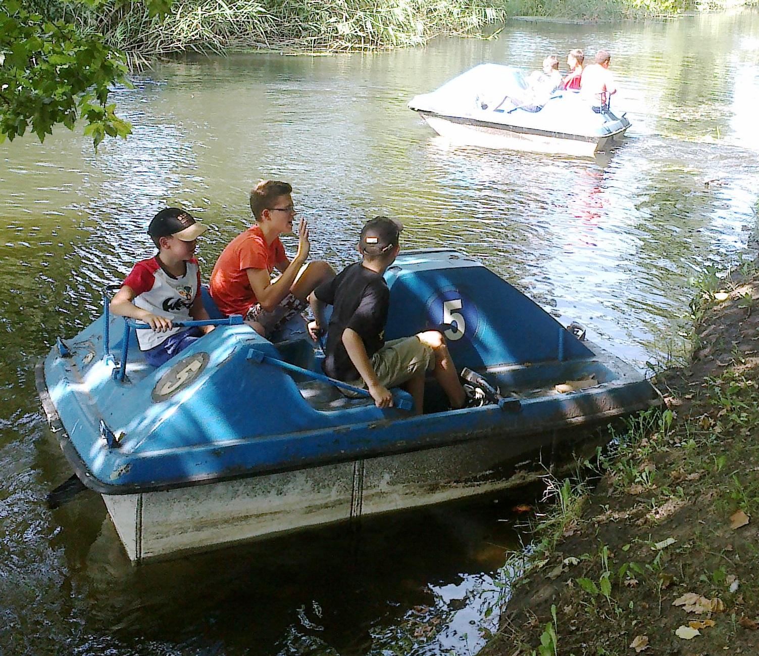 Csónakos kaland