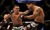 UFC 206: Pettis vs Holloway